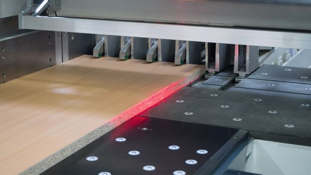 Laser-assisted display system for error-free part identification